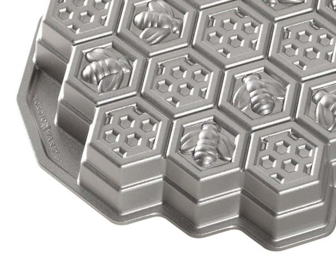 Honeycomb Cake Pan by Nordic Ware