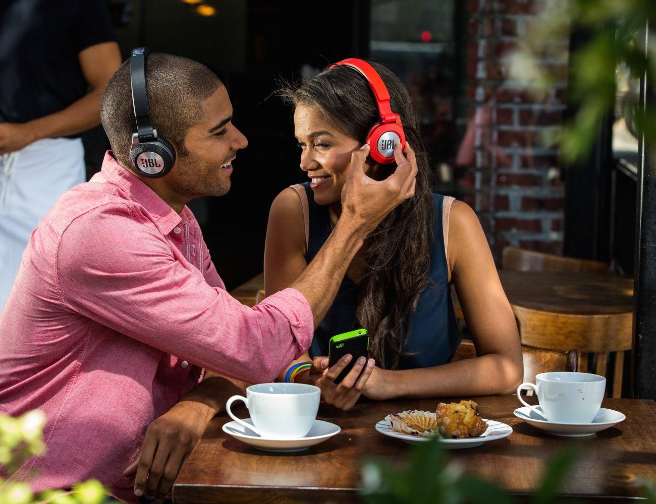 JBL Synchros E40BT On-Ear Bluetooth Headphones