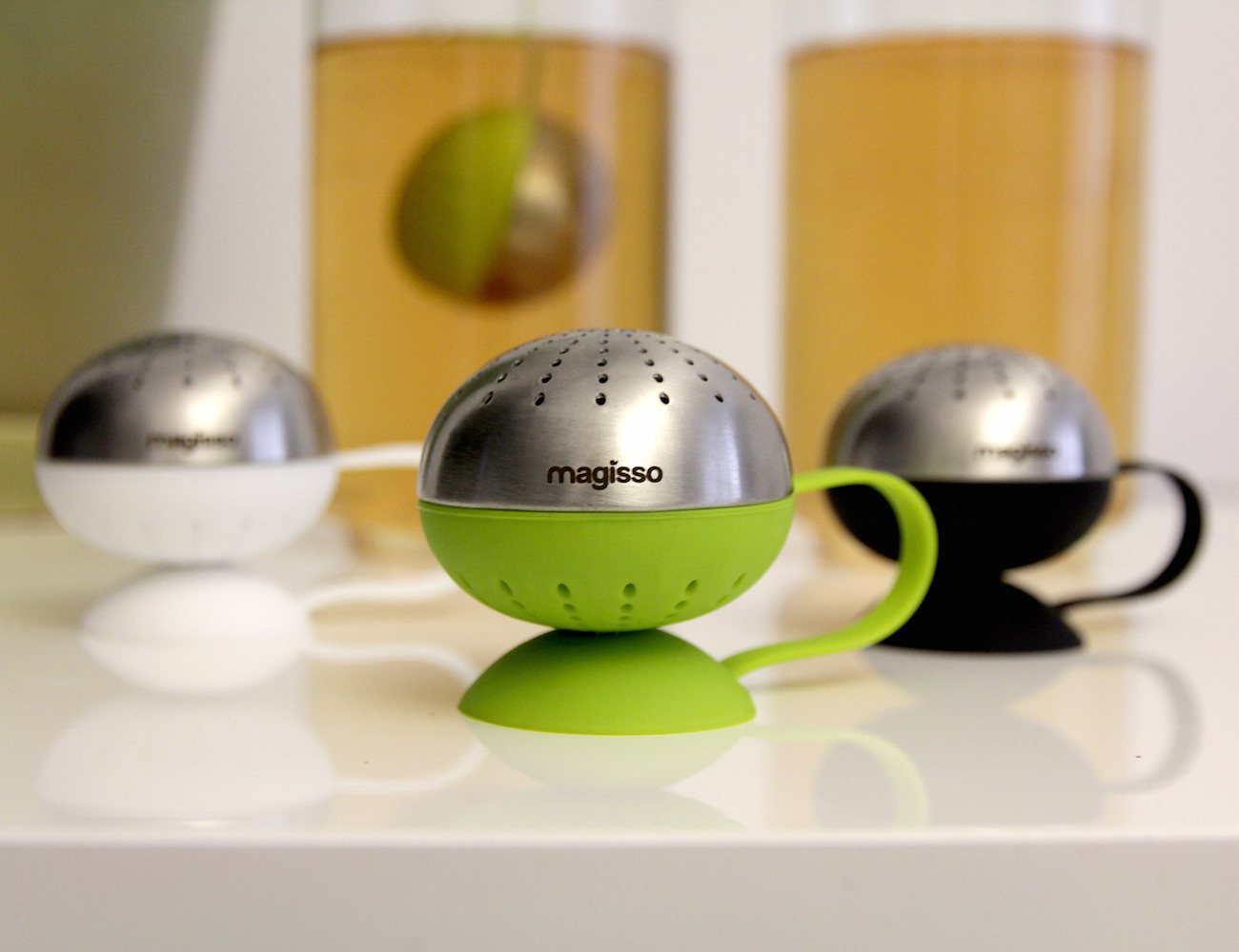 Magnetic Tea Egg – Tea Ball Infuser by Magisso
