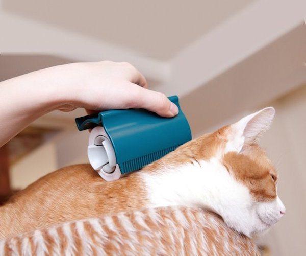 Oppo Groomo – Smart Looking Cat Brush