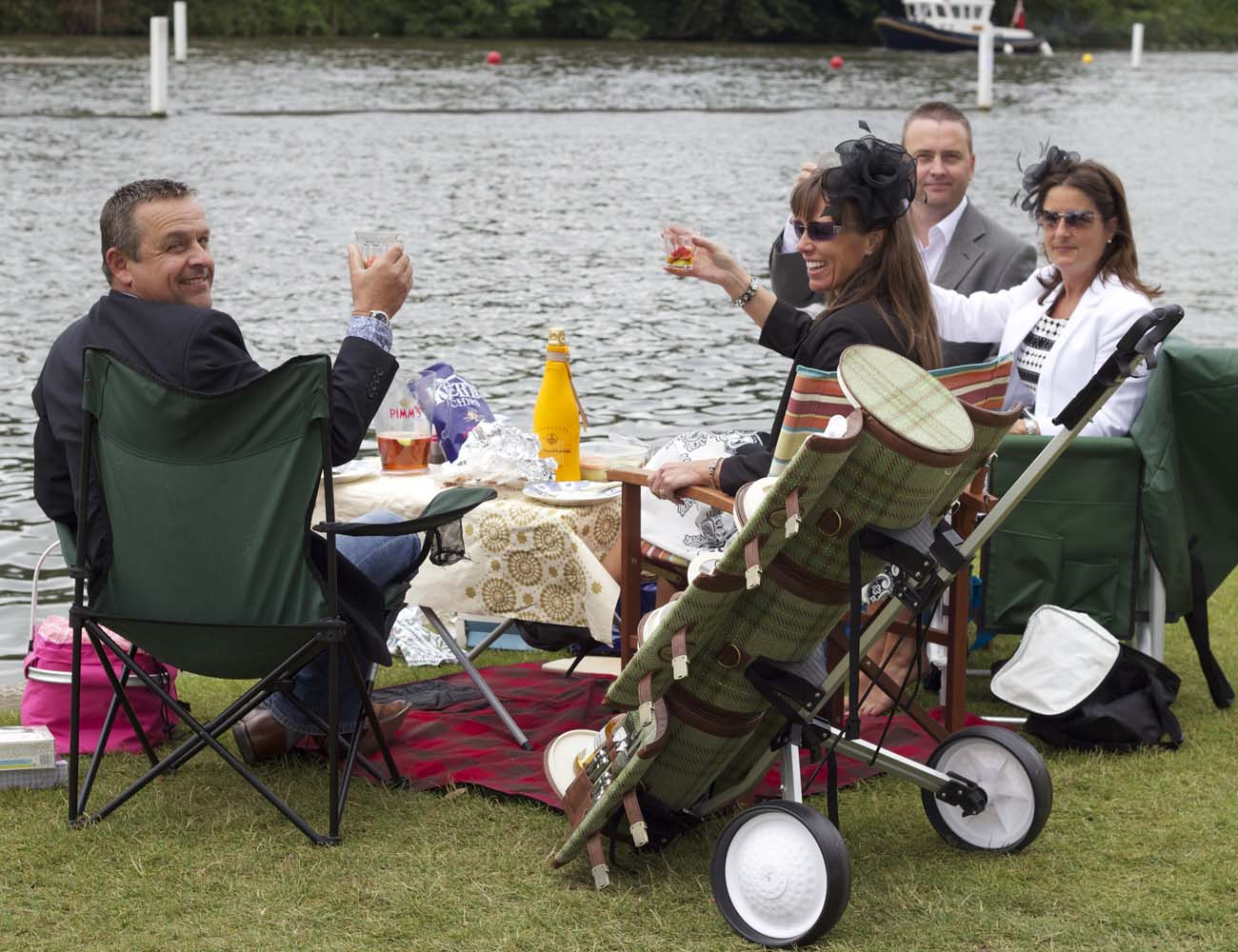 Picnic Trolley – Gourmet Trolley for 4 People