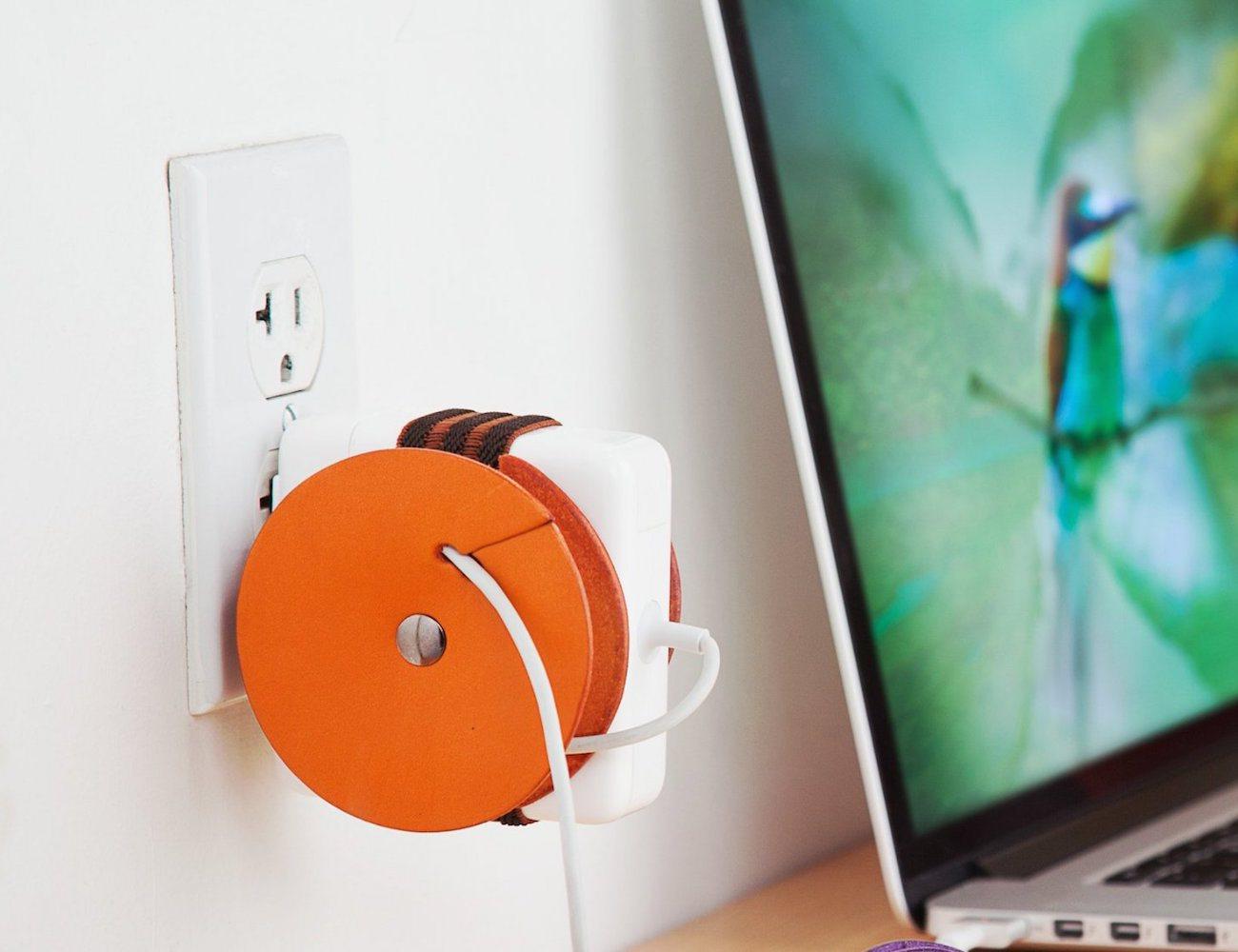 PowerPlay+%26%238211%3B+Macbook+Adapter+Cord+Organizer