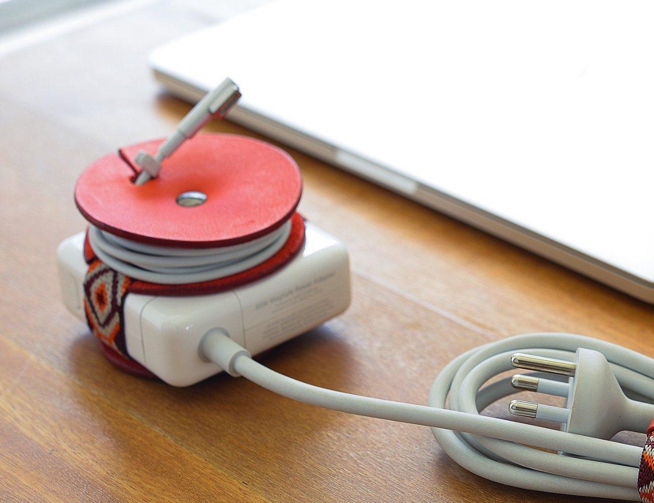 PowerPlay – Macbook Adapter Cord Organizer
