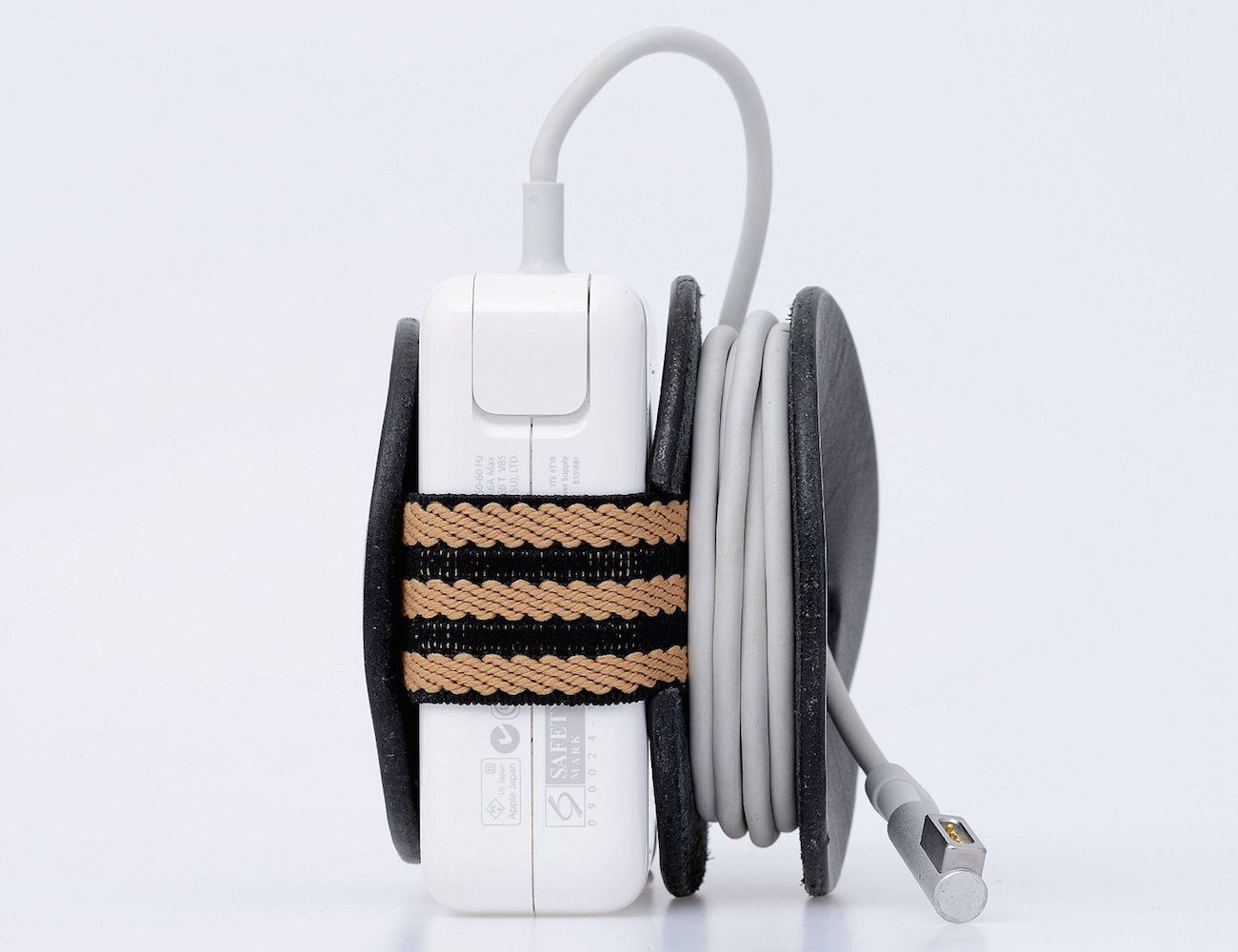 Powerplay macbook adapter cord organizer Extension cable organizer