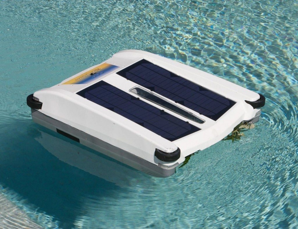 Use the energy from the sun to clean your pool.