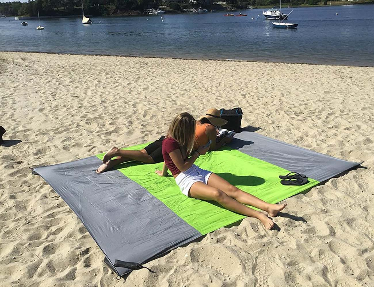 Sandless Beach Mat