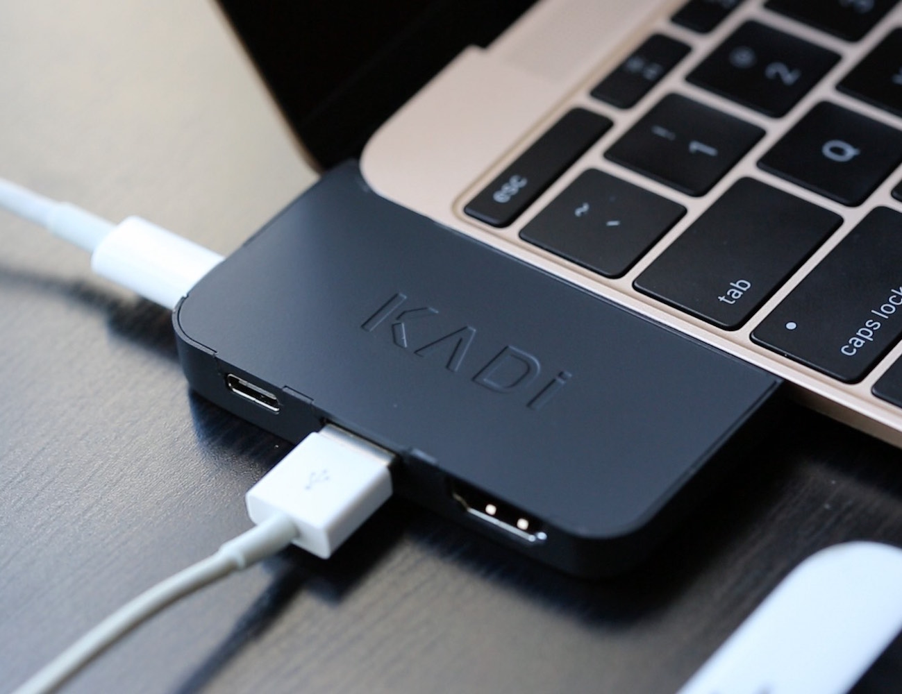 The+KADi+Port+%26%238211%3B+Adapter+For+Macbook+12
