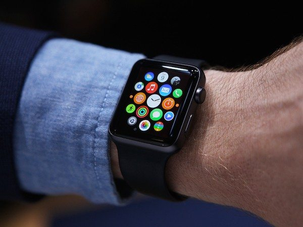 Win an Apple Watch and 2 HiSmart Bags – Enter the Giveaway