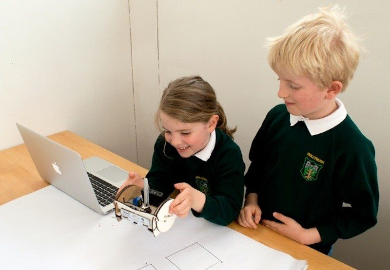 The Mirobot kids learning