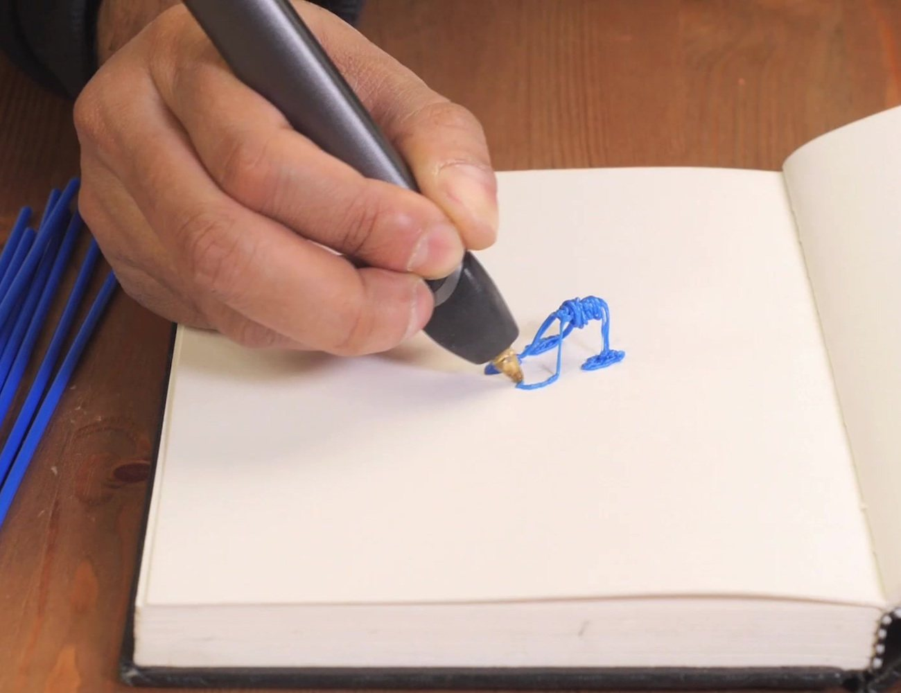 3Doodler 2.0 – The 3D Printing Pen Goes 75% Smaller and 50% Lighter
