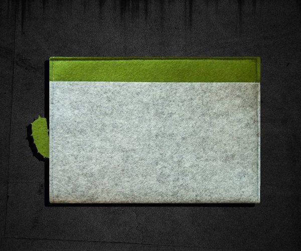 Cactus Ribbon Pull iPad /Macbook Felt Sleeve
