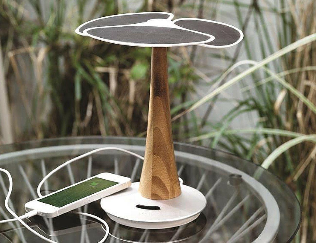 Ginkgo Solar Tree – Eco-friendly Solar Charger