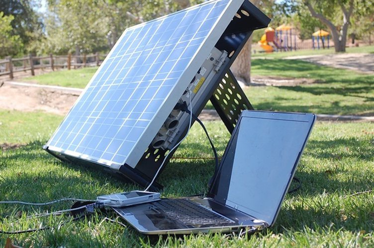 Golar+Fully+Portable+Solar+Panel+On+The+Go