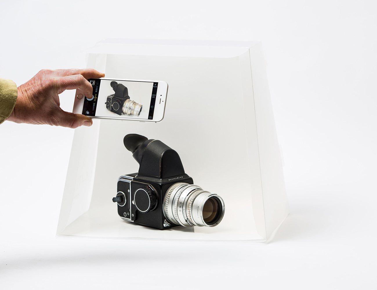LightcasePro Photo Studio for you Smartphone or DSLR