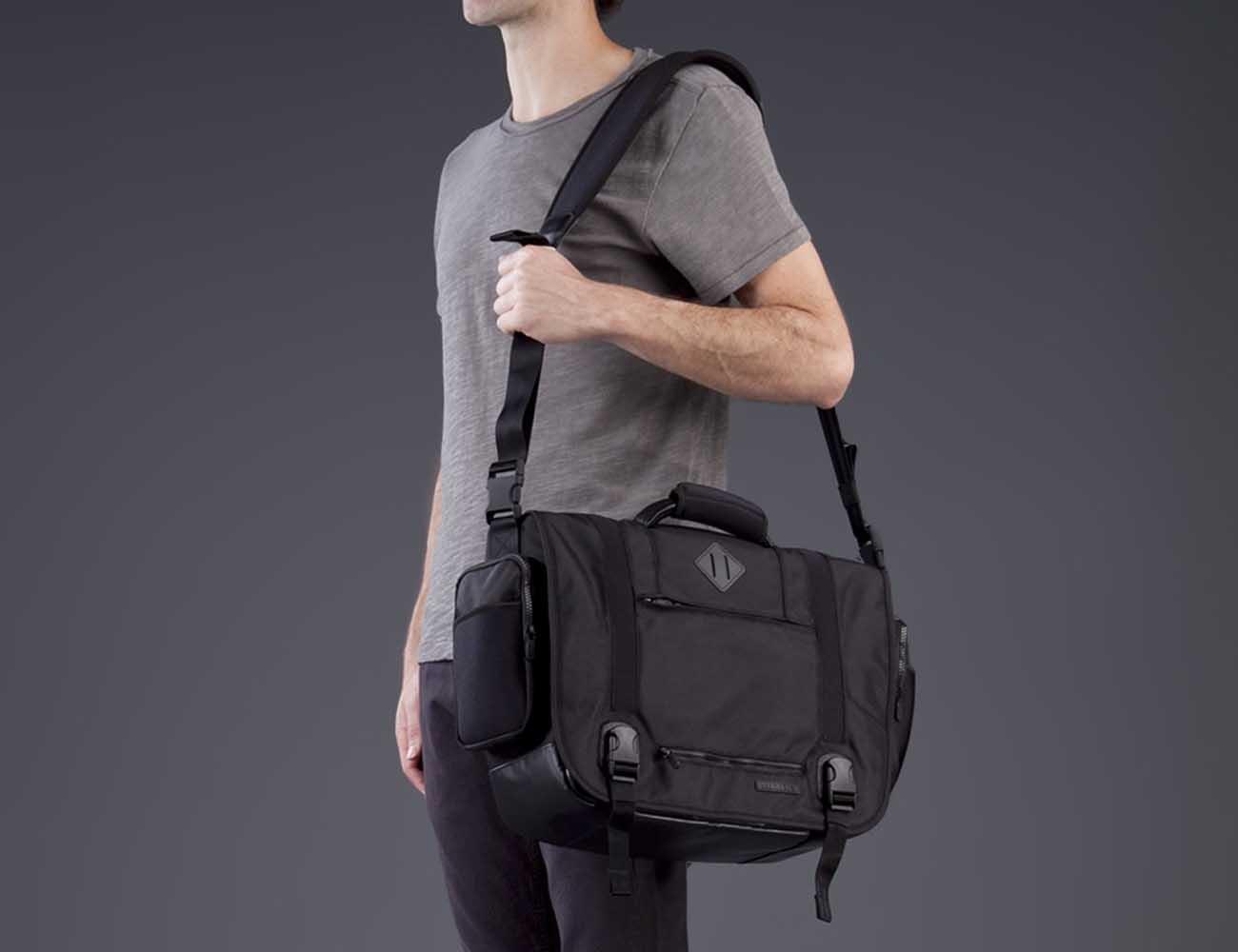 Manhattan Messenger Bag by Lexdray