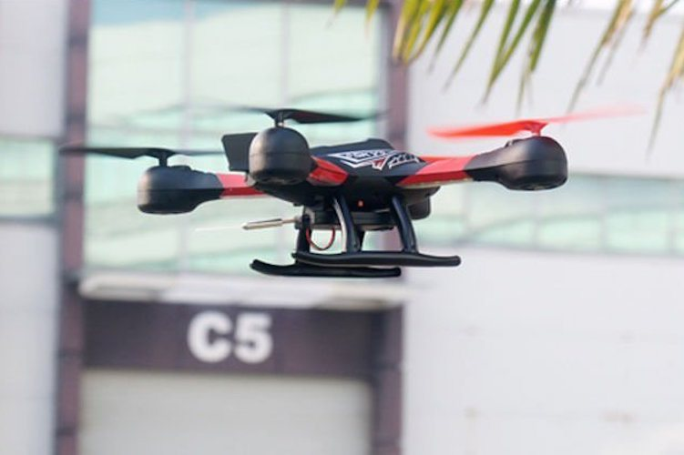 Ology%C2%AE+Drone+%26%238211%3B+With+First+Person+View+FPV+Live+Video+Feed