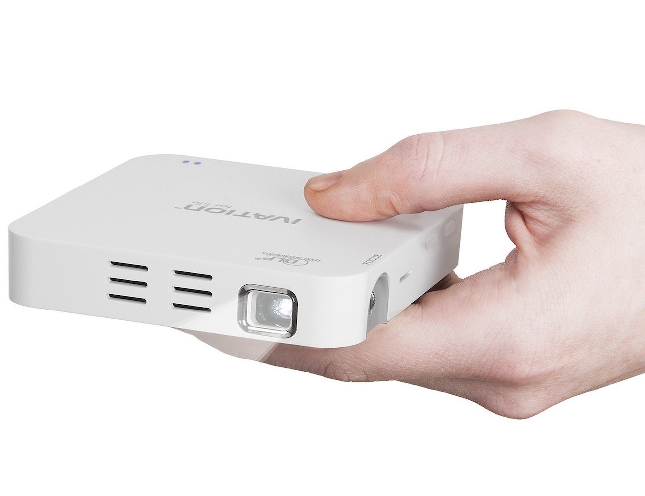 Portable rechargeable hdmi projector by ivation gadget flow for Portable hdmi projector