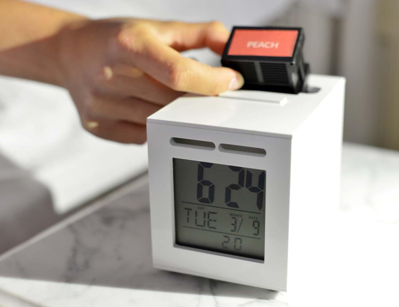 SensorWake – Wake Up Happy with the Smell-Based Alarm Clock