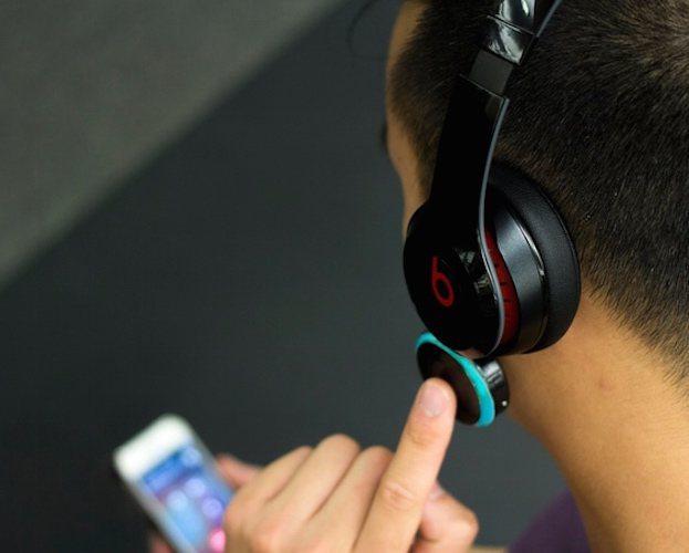 spiro-x1-making-wired-headphones-wireless-02