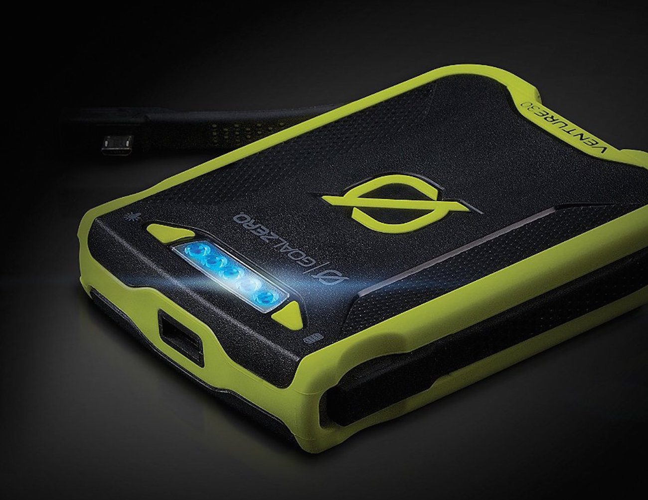 venture-30-power-pack-with-solar-charging-by-goal-zero-03