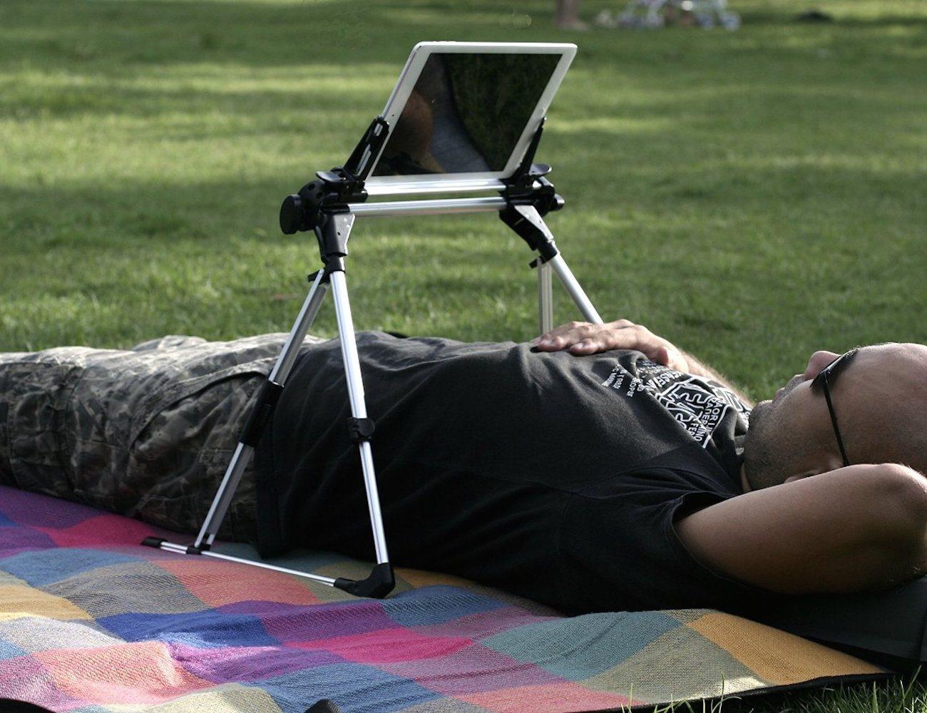 iSunshine™ – Collapsible iPad Stand