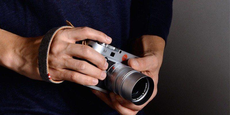 Light Camera Handle by Hard Graft