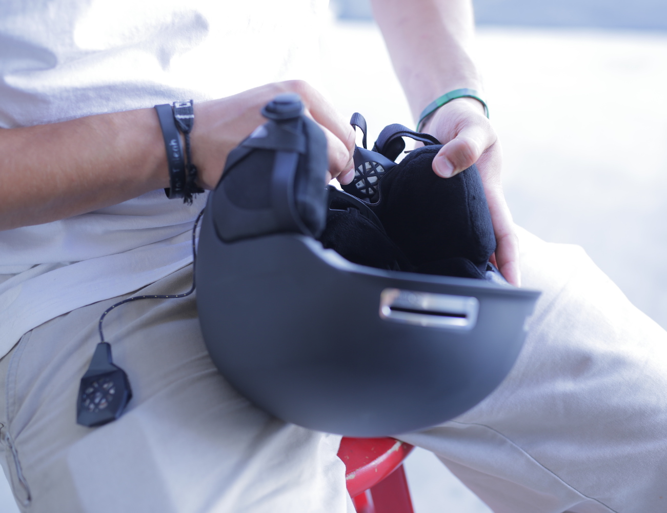 BE – LINK Surround Sound for Your Helmet