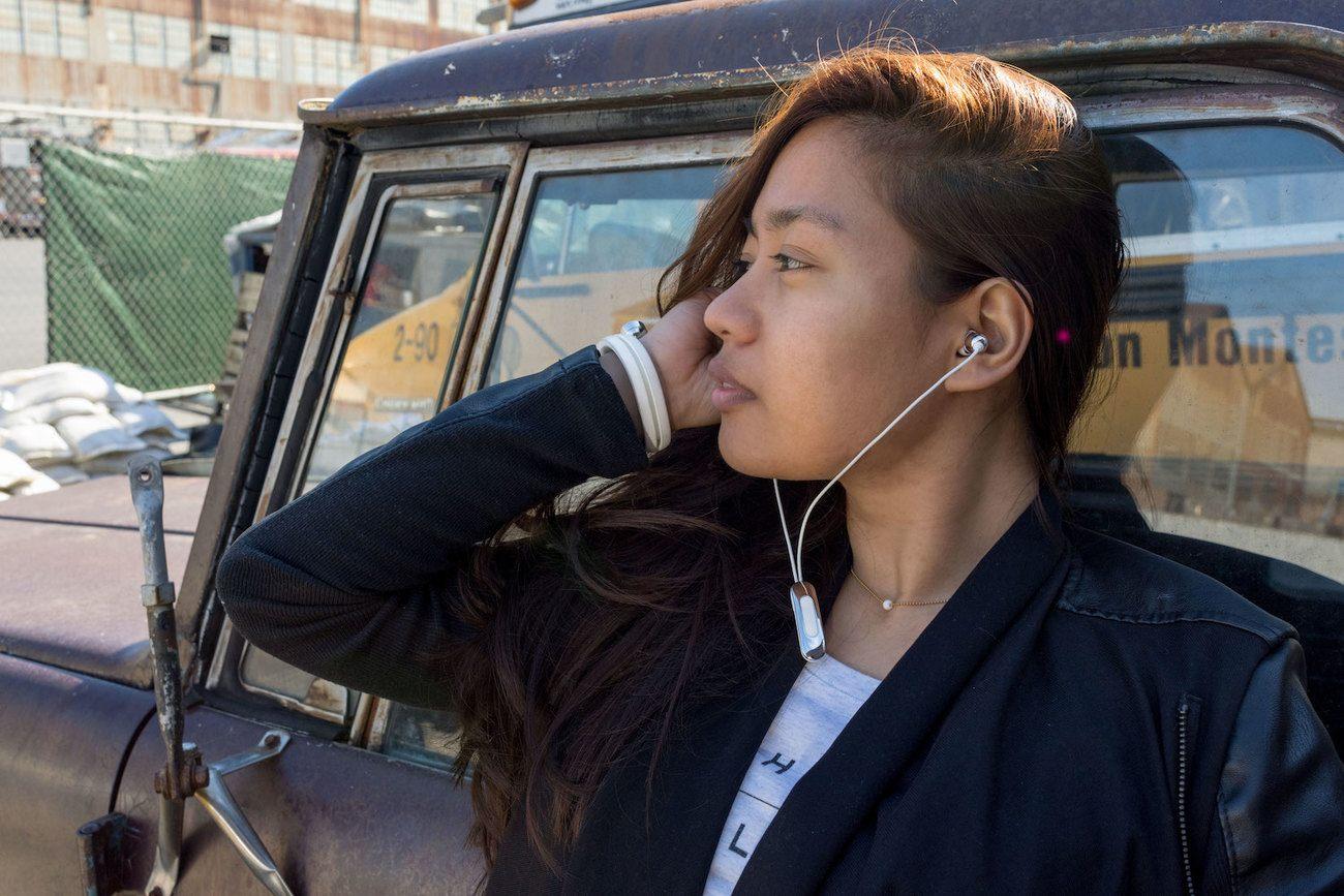HELIX CUFF – The First Wearable Wireless Bluetooth Headphones