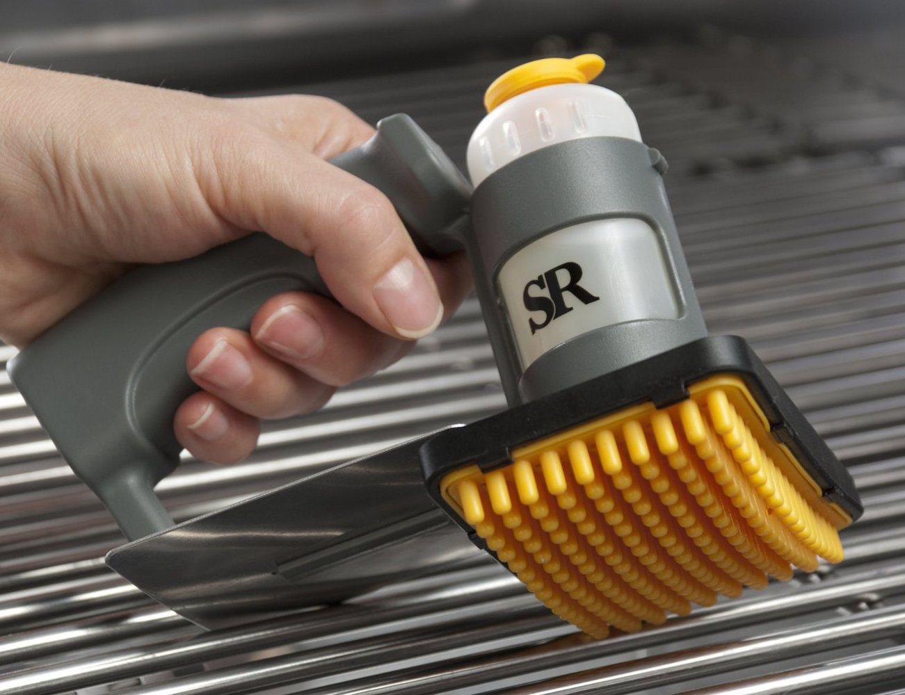 grilling-grate-oiler-brush-01
