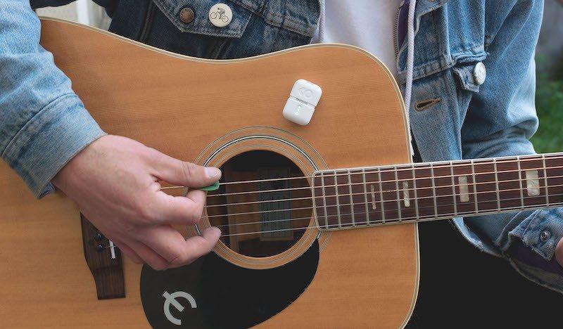Instamic on guitar