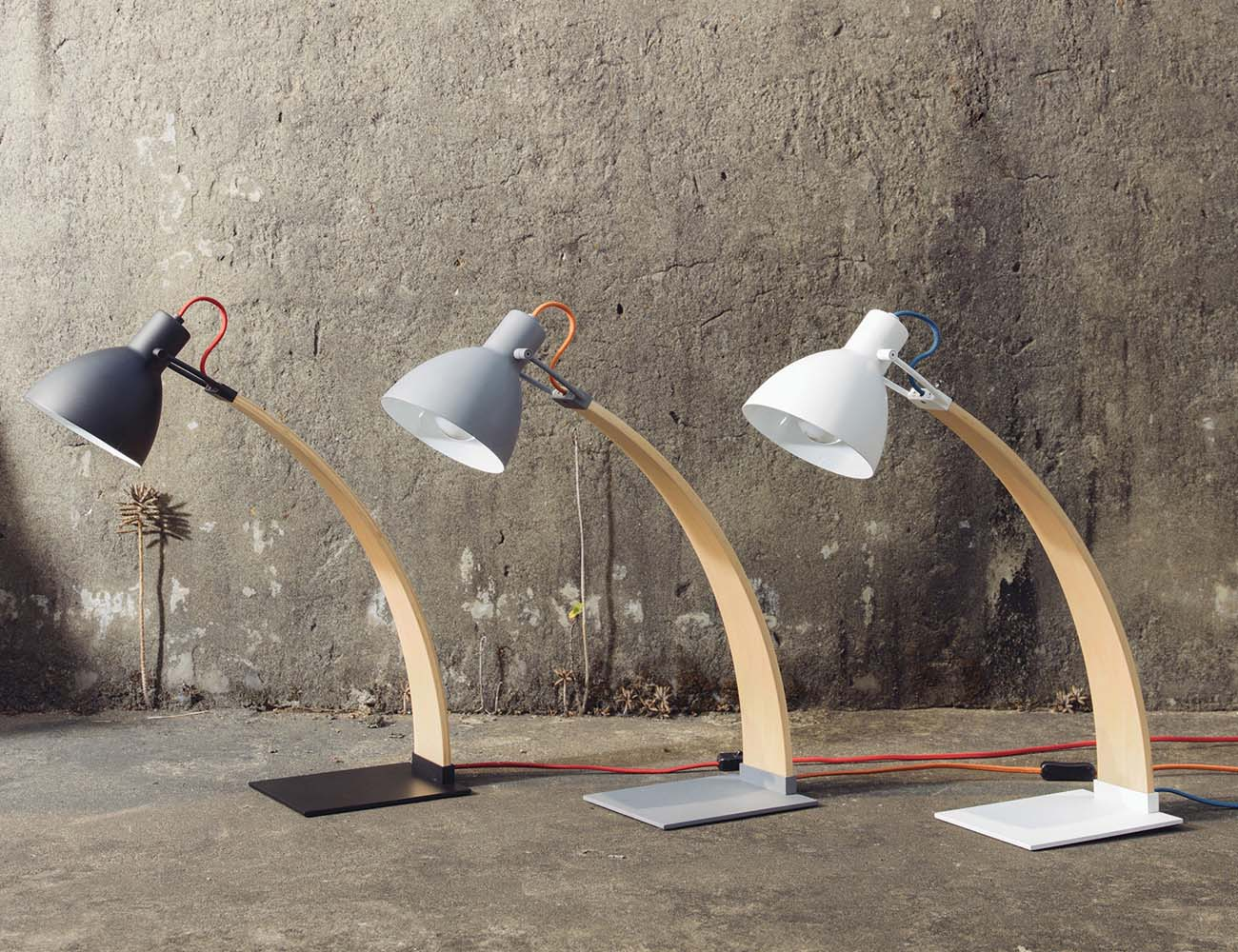 Laito Wood Table/Desk Lamp