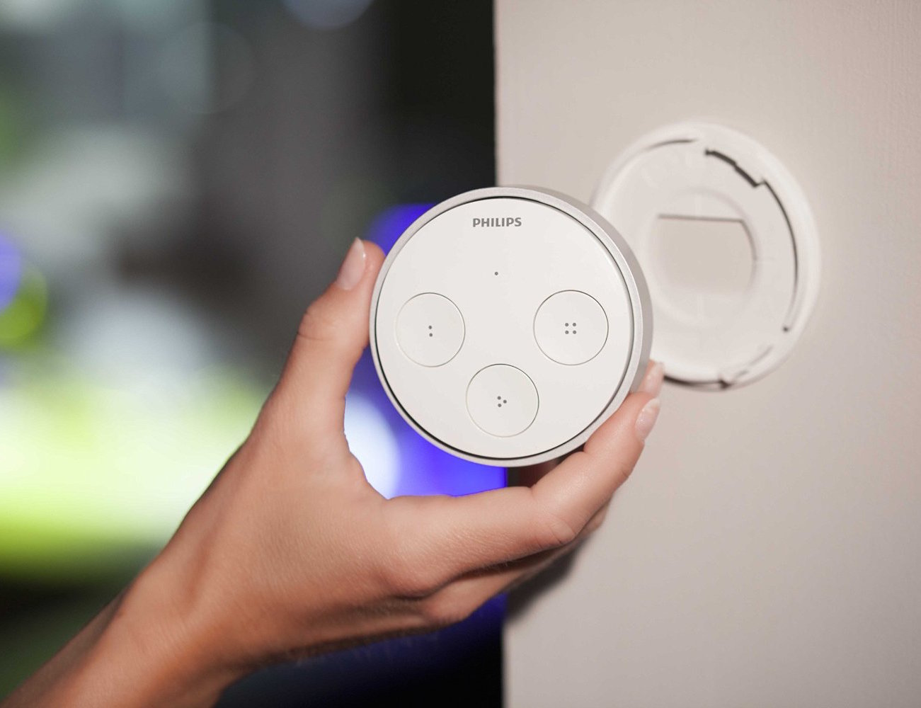 Philips+Hue+Tap+%26%238211%3B+Easier+Control+Of+Your+Wireless+Lighting