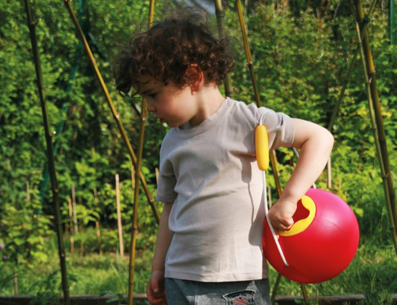 Quut Ballo Beach Toy – Smart Water Bucket For Beach Times