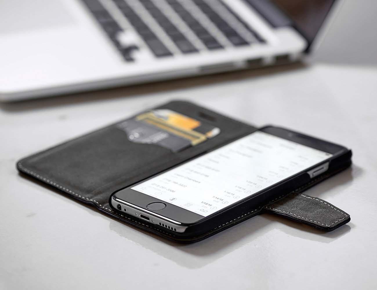 radiation  rfid blocking wallet case  safesleeve gadget flow
