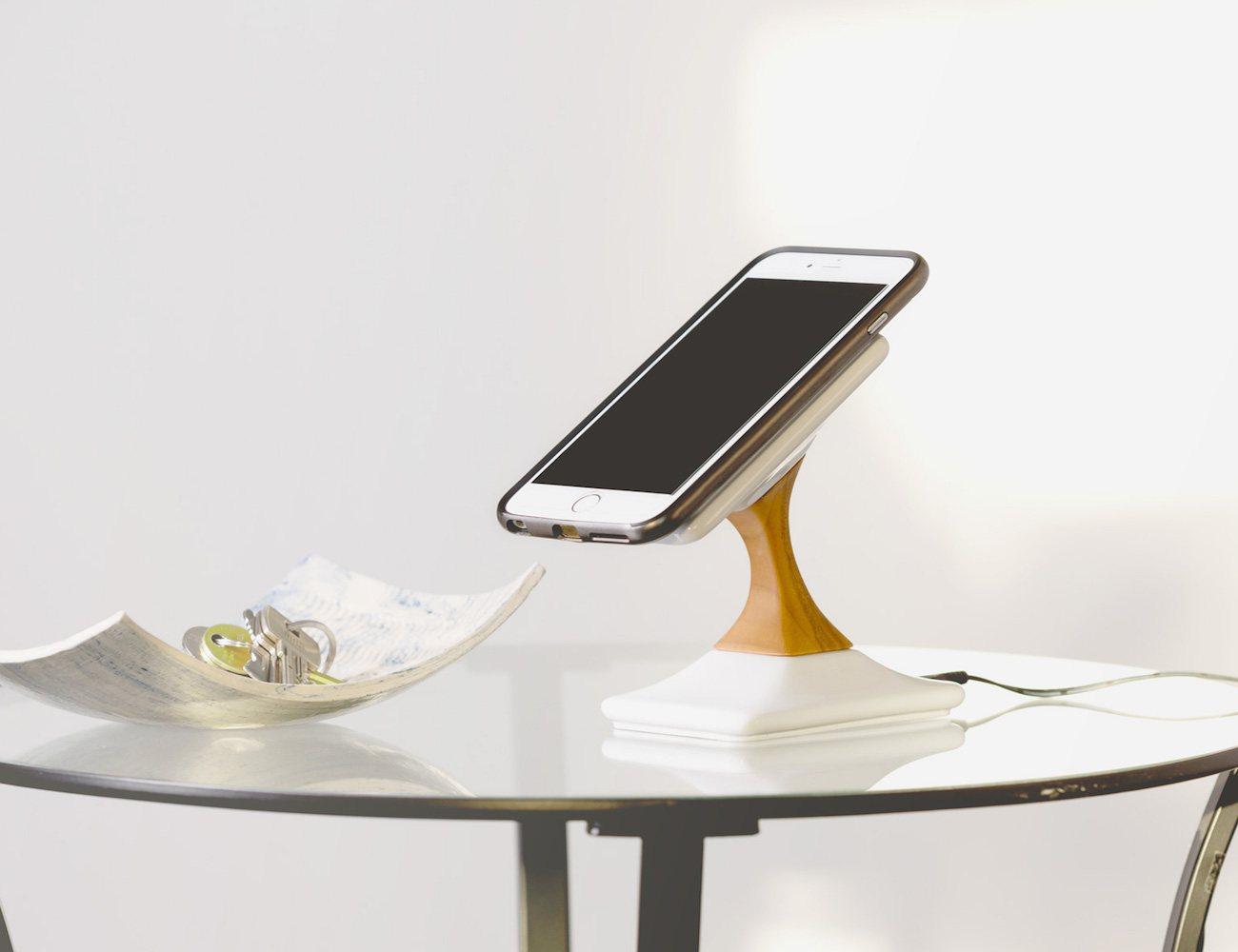 SWICH Wireless Charging Stand