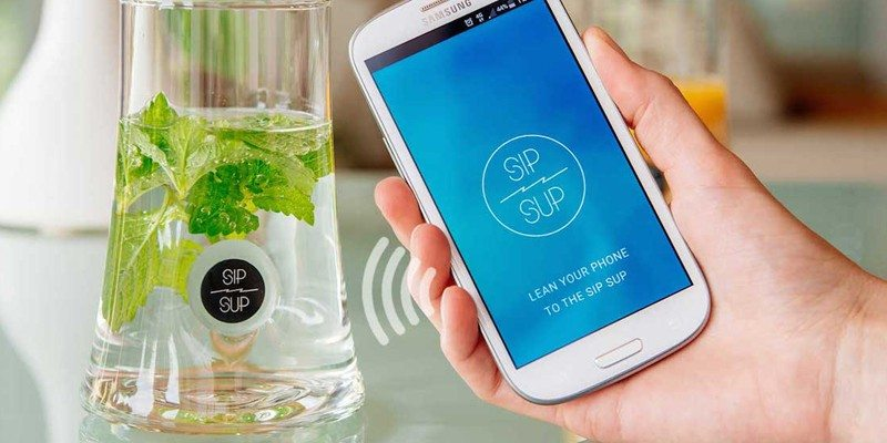 SipSup – Mobile Connected Drinking Glass
