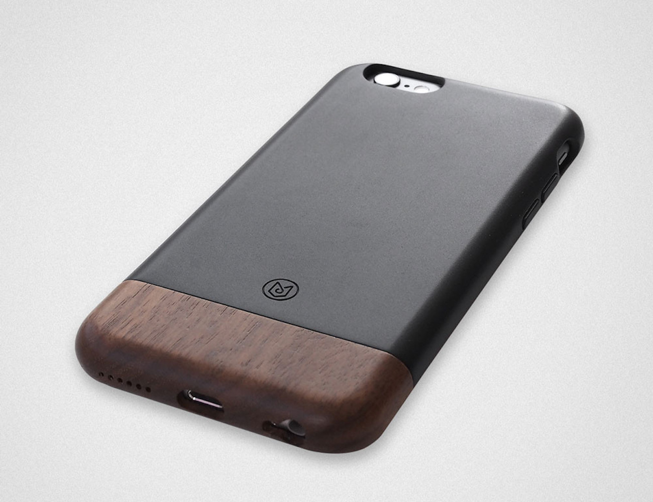 Convoy iPhone 6/6s Case in Walnut