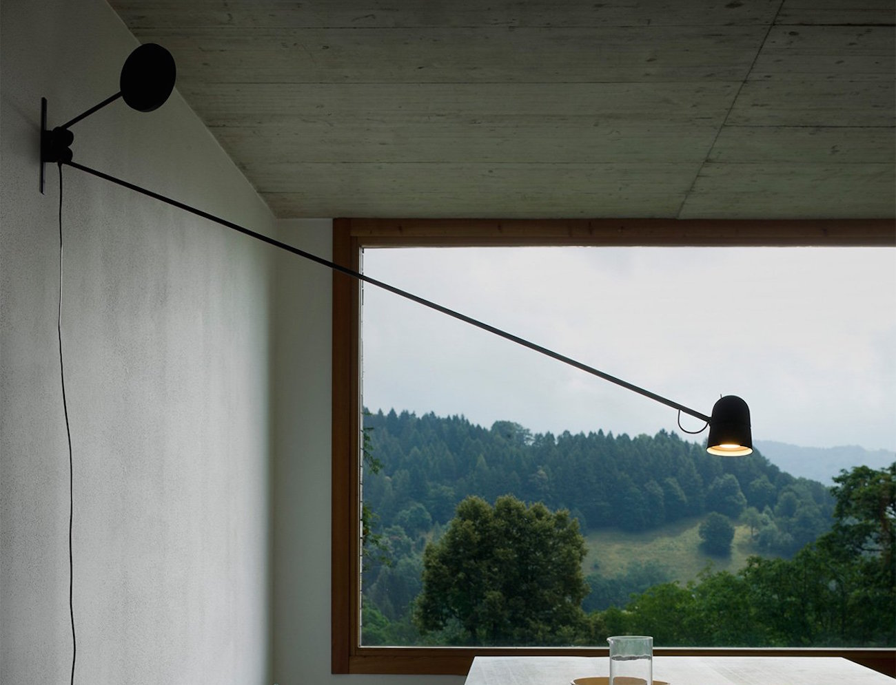 Counterbalance Wall Lamp