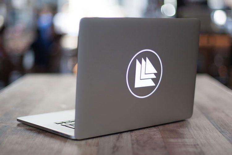 Custom Macbook Backlit Design By Uncover loading=