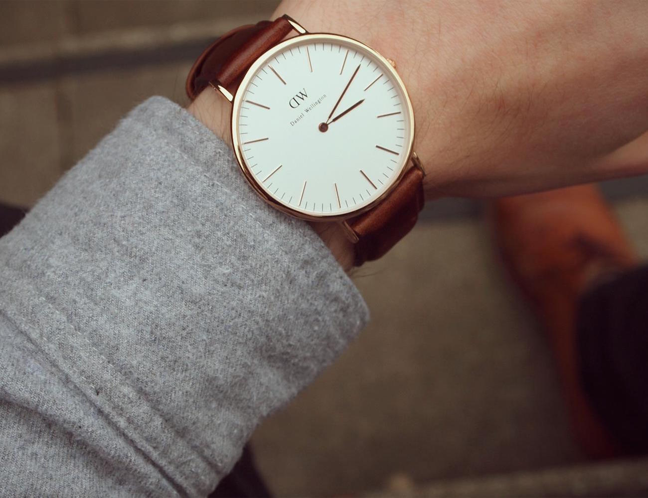 Daniel Wellington Bristol – Analog Quartz Watch