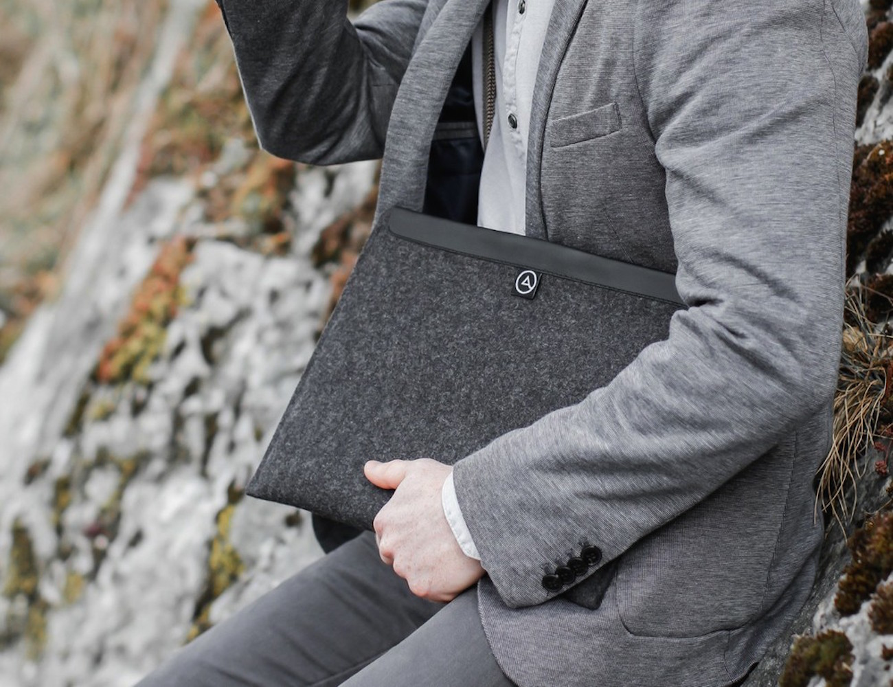Flow+Magnetic+MacBook+Sleeve+By+Aecraft