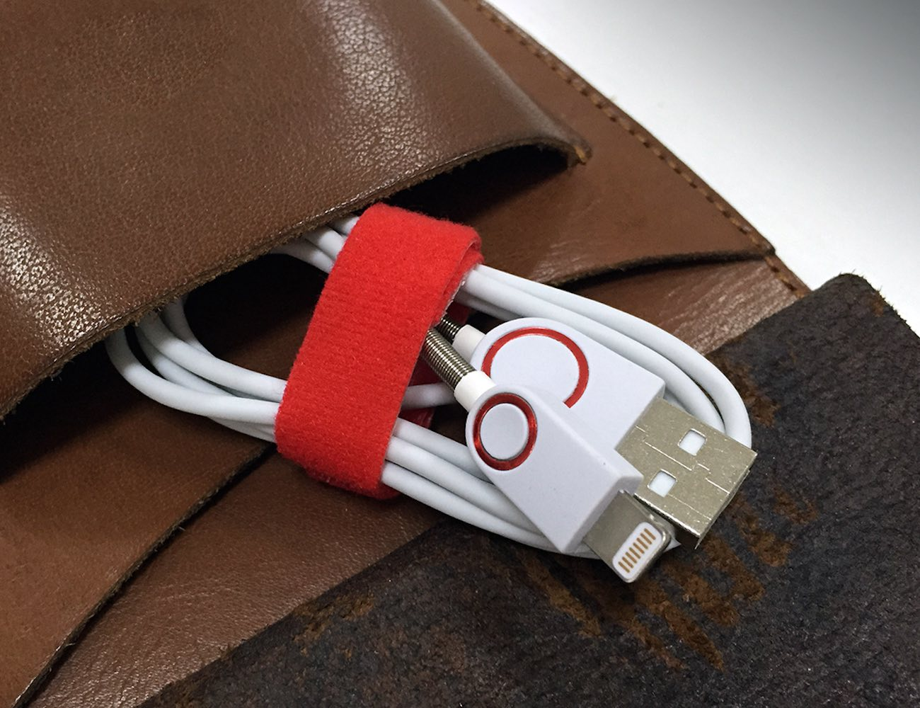 Homtime O2 Lightning Cable: Your Handy Iproduct Power Partner