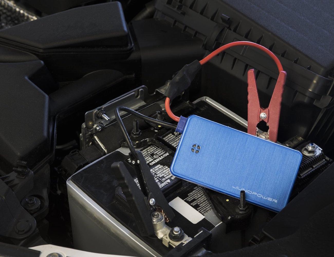 JUNOJUMPR – Pocket-Size Car Battery Jump Starter and Portable Charger