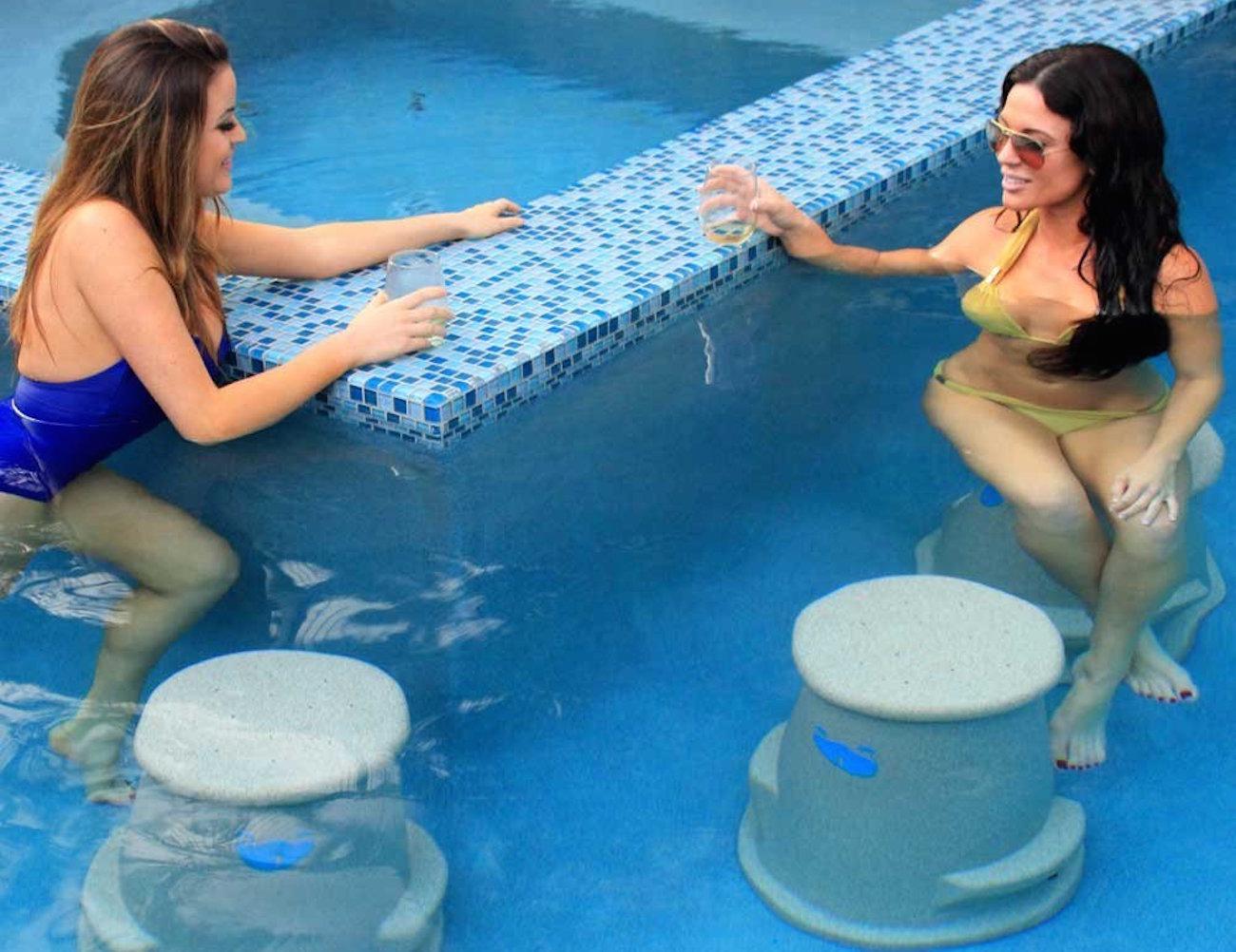Liquidseat – Patented Pool Seat
