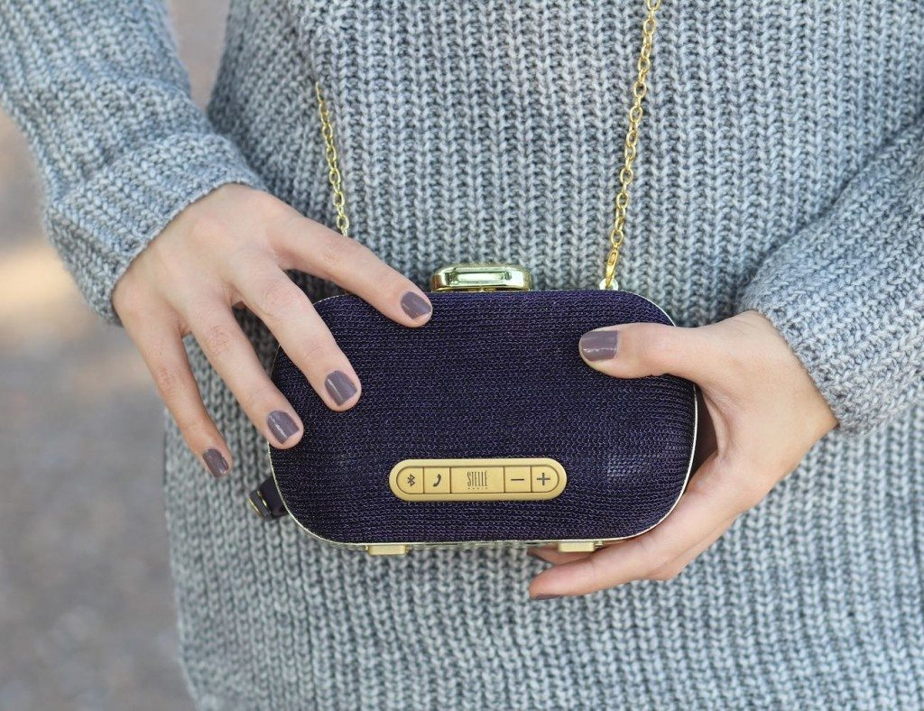 Not only will the Mini-Clutch Speaker by Stellé Audio offer the best sound quality on the go, it will also be a fancy clutch for the modern fashionistas.
