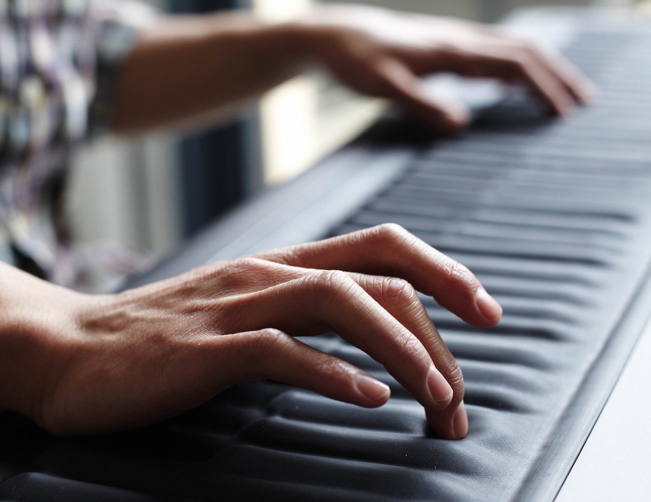 Pitch Bending Seaboard Digital Keyboard by ROLI