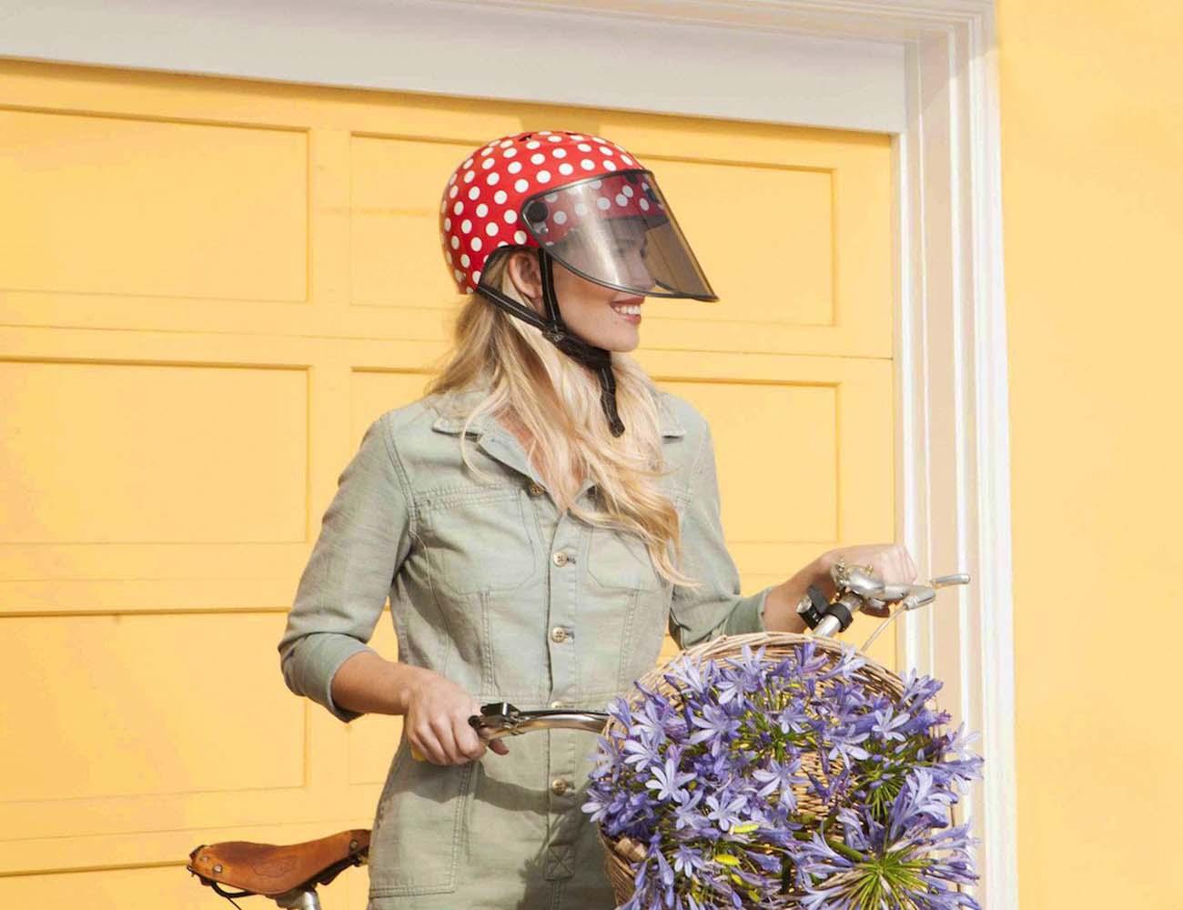 The Bouclier Visor: Sun Protection On Your Bike Helmet
