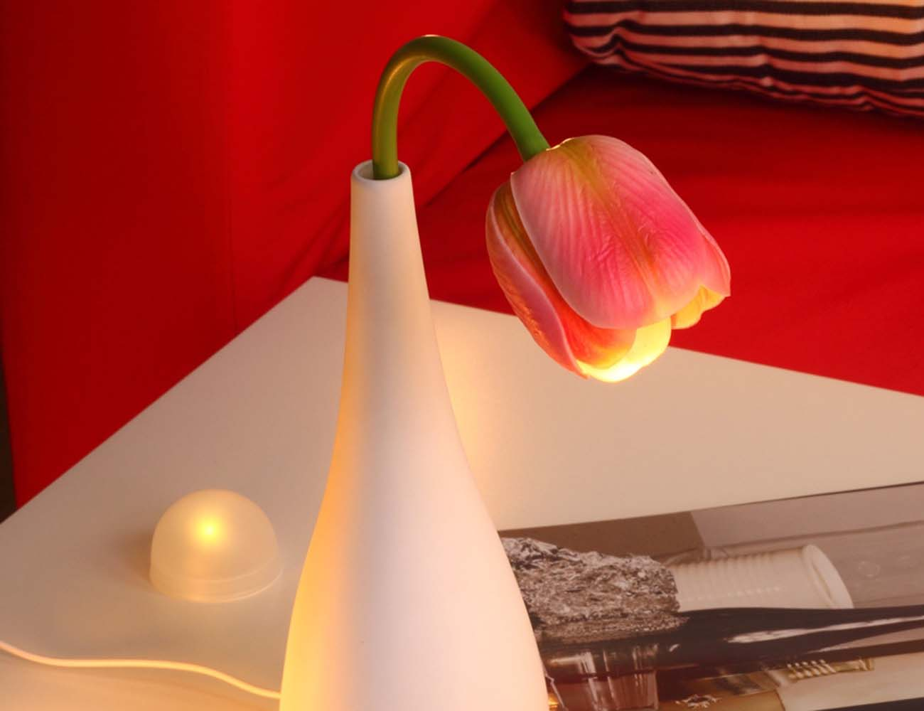 "Tulip Flower <em class=""algolia-search-highlight"">Vase</em> - Simulation LED Lamp"