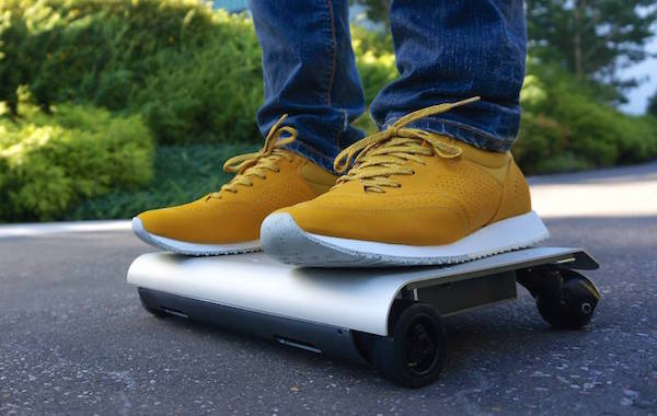 WalkCar Is an Electric Skateboard That Fits in Your Bag