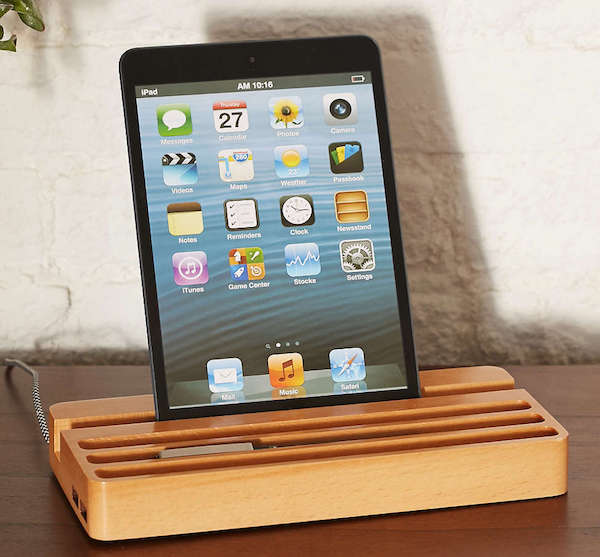 Wood Charging Station – With Two USB Ports